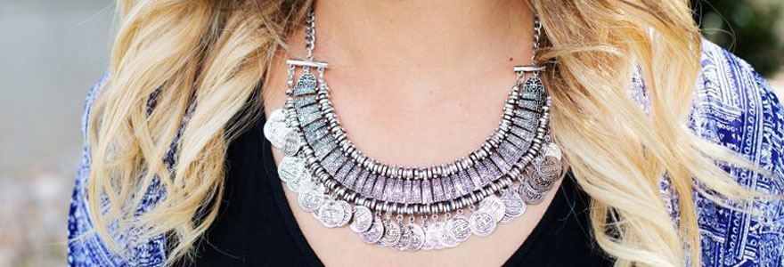 porter vos bijoux fantaisie en fonction de votre style
